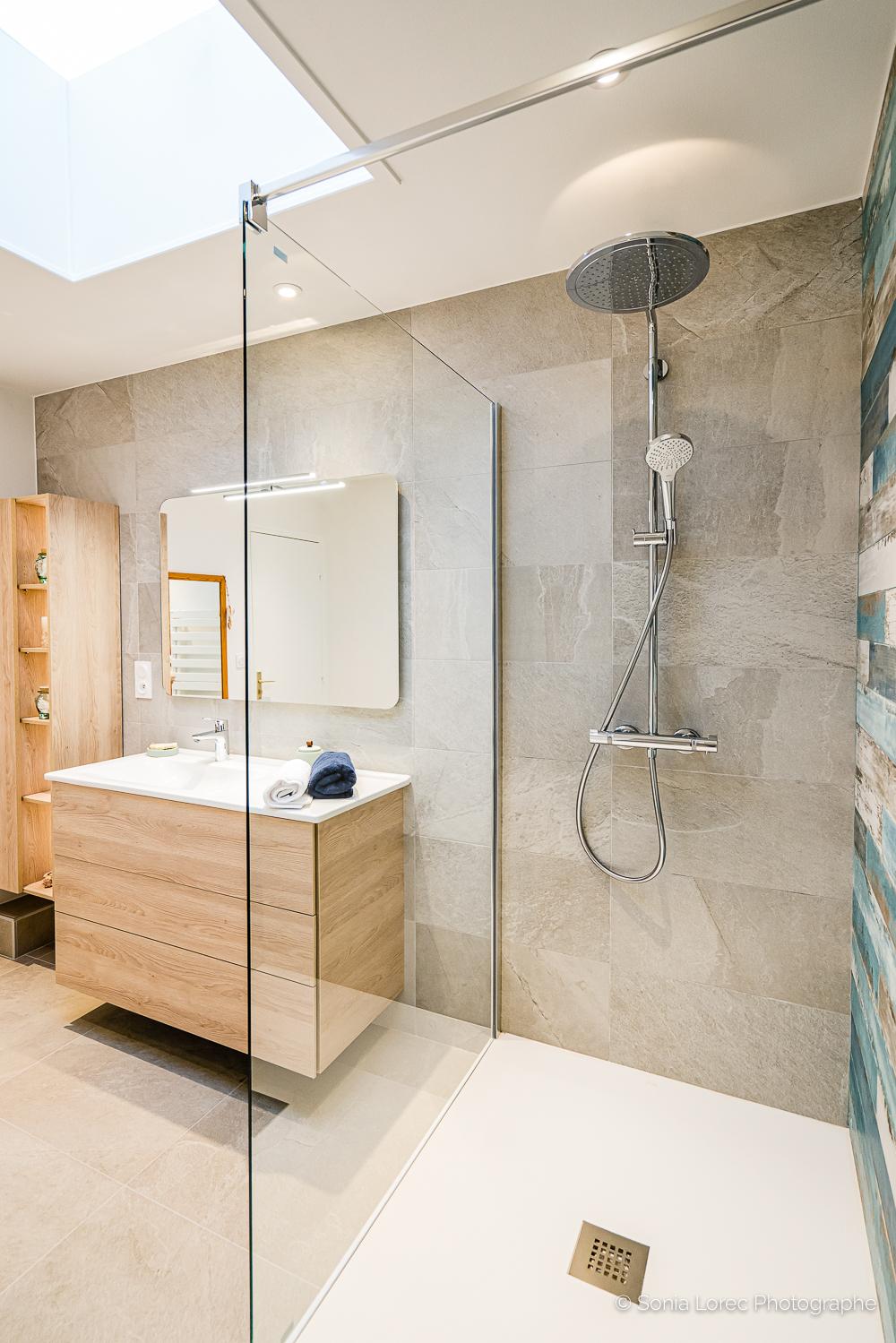 Salle de bains sous combles