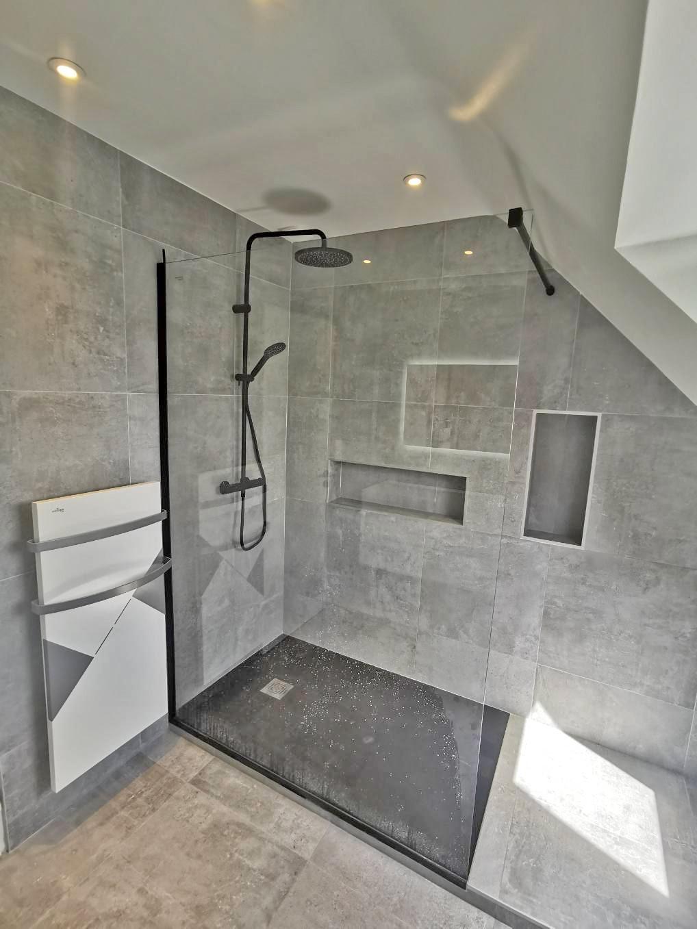 Salle de bain à Guidel - Petit